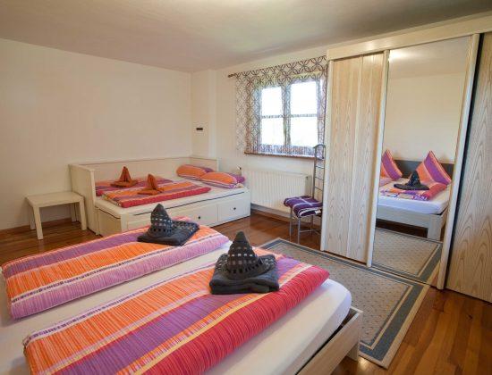 OG Schlafzimmer 2 - Zusatzbett